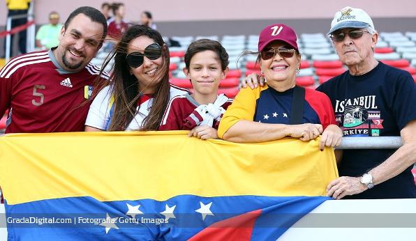 http://gradadigital.com/home/wp-content/uploads/2014/03/aficion_venezuela_canada_mundial_femenino_27032014.jpg