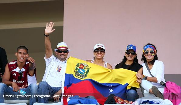 http://gradadigital.com/home/wp-content/uploads/2014/03/aficion_venezuela_canada_mundial_femenino_27032014_1.jpg