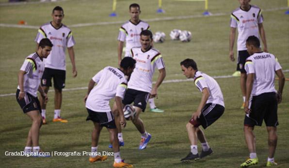 dany_cure_entrenamiento_venezuela_honduras_04032014
