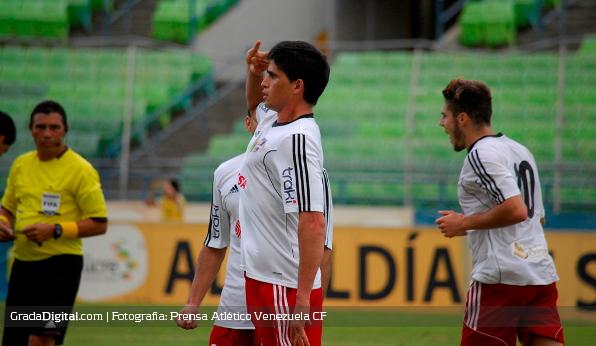 http://gradadigital.com/home/wp-content/uploads/2014/03/diego_menghi_deportivo_petare_atletico_venezuela_02032014_1.jpg