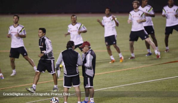 entrenamiento_venezuela_honduras_04032014