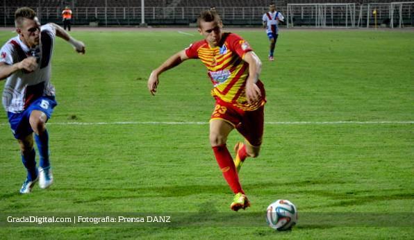 http://gradadigital.com/home/wp-content/uploads/2014/03/jaime_moreno_deportivo_anzo%C3%A1tegui_yaracuyanos_07032014.jpg