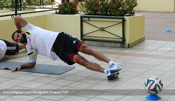 http://gradadigital.com/home/wp-content/uploads/2014/03/oswaldo_vizcarrondo_venezuela_honduras_04032014.jpg