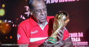 La Copa del Mundo regresó a Río para iniciar gira en Brasil