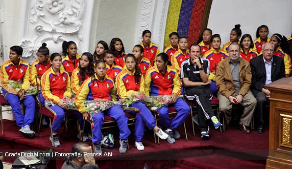 venezuela_sub17_femenino_mundial_asamblea_nacional_08042014