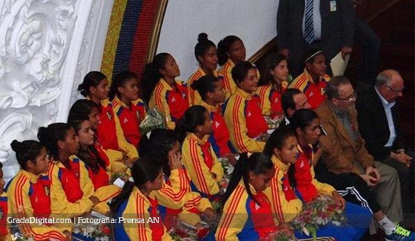 venezuela_sub17_femenino_mundial_asamblea_nacional_08042014_2