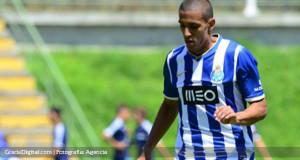 Víctor García debutó oficialmente en la Primera de Portugal con el Porto