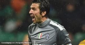 Gianluigi Buffon lidera lista preliminar de Italia