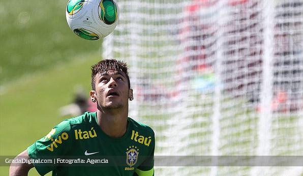 neymar_brasil_entrenamiento_22052014