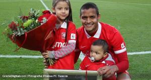 +DATOS/FOTOS | Rosales se despidió del Twente