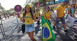 Selección brasileña es recibida en clima de fiesta en Fortaleza