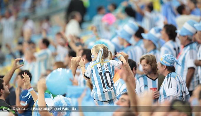 aficionada_nena_argentina_bosniah_15062014