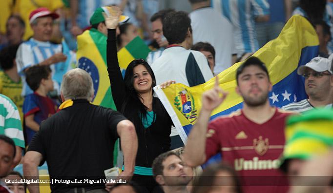 aficionada_venezuela_argentina_bosniah_15062014