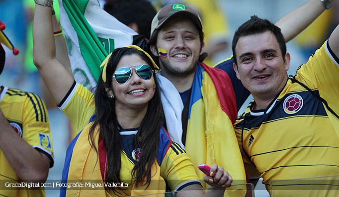 aficionados_colombia_grecia_14062014