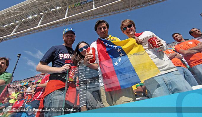 aficionados_venezuela_holanda_chile_23062014
