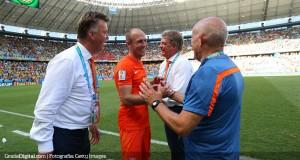 Van Gaal admite que subestimó a su propia selección