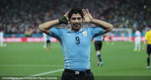 FIFA modifica sanción a Luis Suárez