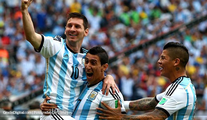 maradona_nigeria_argentina_25062014