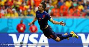 Van Persie: «Hemos empezado este Mundial a lo grande»
