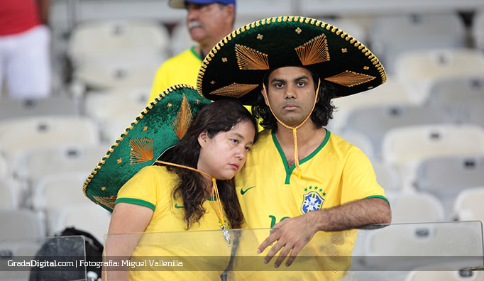 aficionados_brasil_alemania_08072014_2