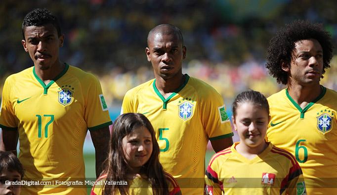 fernandinho_brasil_chile_28062014