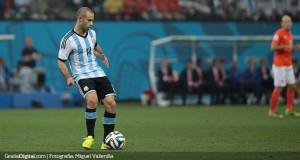 Mascherano: «Existe una responsabilidad moral con nuestro fútbol»