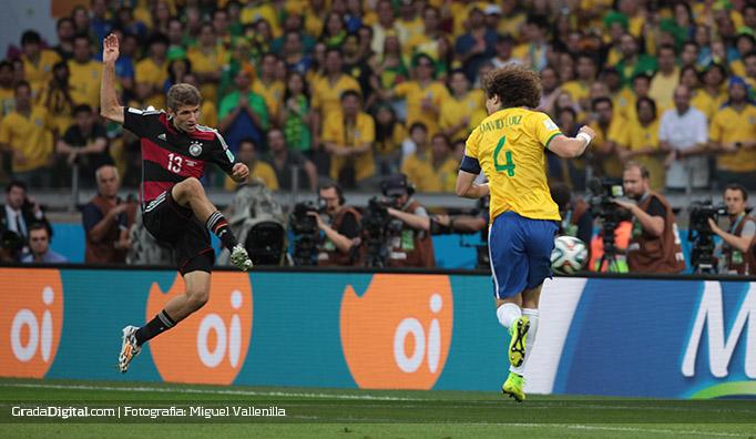 thomas_muller_brasil_alemania_08072014