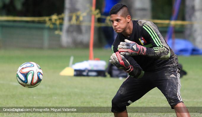 beycker_velasquez_entrenamiento_venezuela_13082014