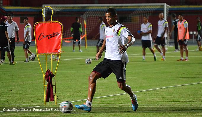 gelmin_rivas_entrenamiento_venezuela_18082014