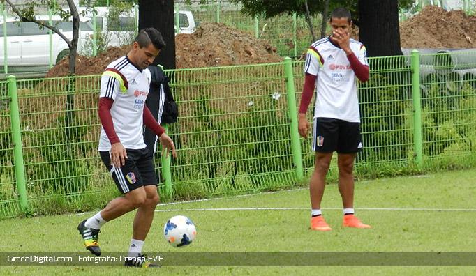 tomas_rincon_roberto_rosales_entrenamiento_venezuela_vinotinto_03092014