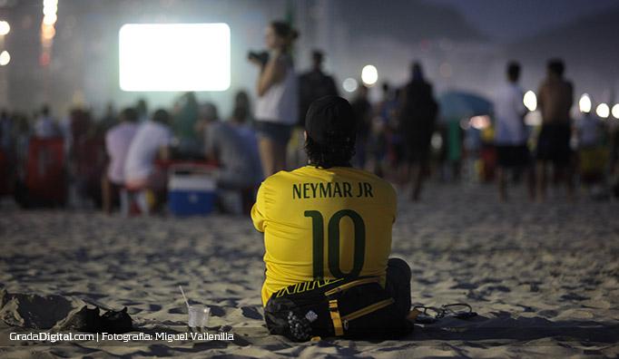 aficionado_copacabana_brasil_mexico_17062014
