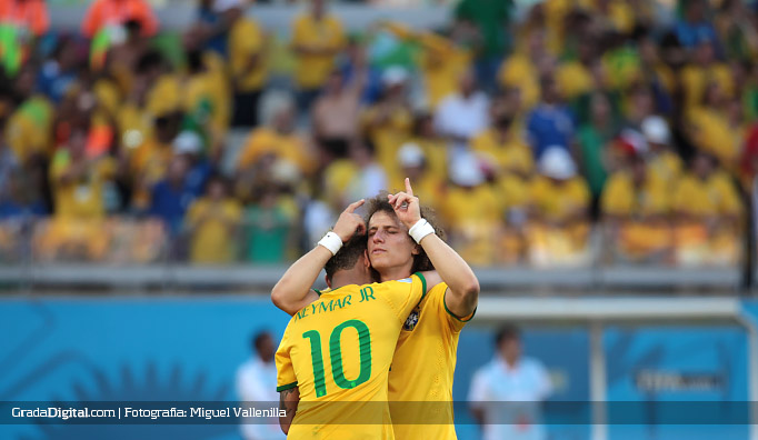david_luiz_neymar_brasil_chile_28062014