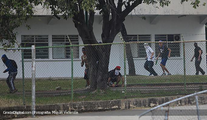 violencia_aficion_petare_trujillanos_14122014