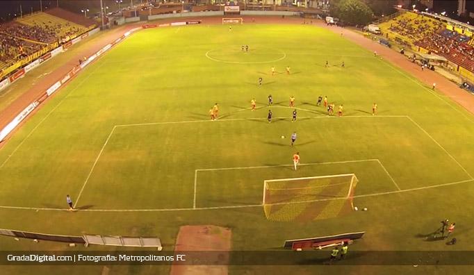 estadio_hermanos_ghersi_aragua_metropolitanos_18012015