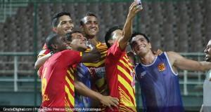 +FOTO | Llegó la selfie al fútbol venezolano