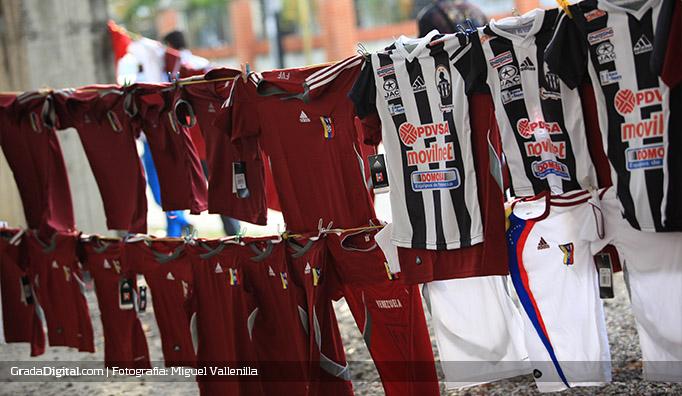 camisetas_barinas_venezuela_honduras_10022015