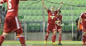 Golazo de Bordagaray deja los tres puntos en Caracas