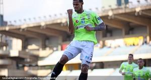 Gelmin Rivas se afianza como el goleador «Aurinegro»