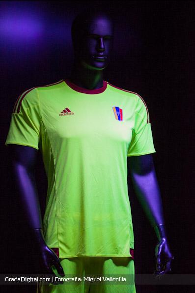 indumentaria_camiseta_venezuela_adidas_11032015_8