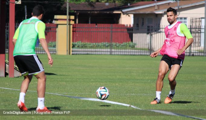 tomas_rincon_entrenamiento_venezuela_peru_29032015