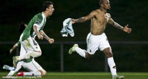 +VIDEO   Yonathan Del Valle marcó golazo para derrotar al Benfica