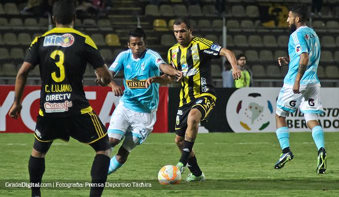 jorge_rojas_tachira_sportingcristal_08042015
