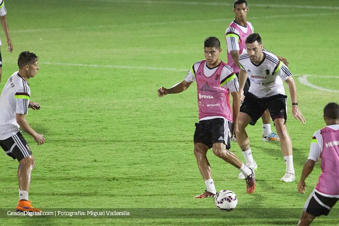 edder_farias_andres_tunez_entrenamiento_venezuela_copaamerica_21052015