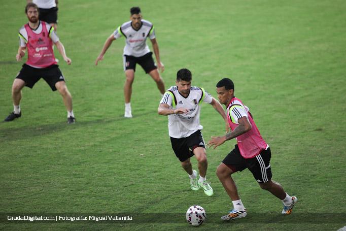 gelmin_rivas_franklin_lucena_entrenamiento_venezuela_copaamerica_21052015