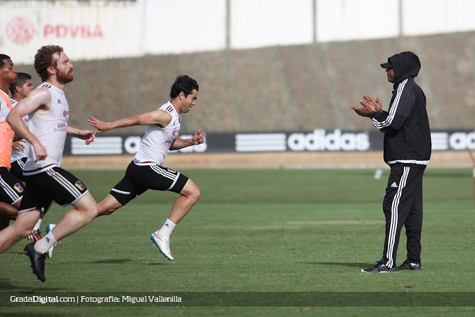 nicolas_fedor_miku_noel_sanvicente_entrenamiento_venezuela_copaamerica_21052015