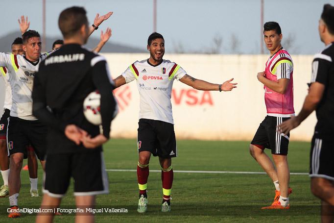 ronald_vargas_rafael_acosta_entrenamiento_venezuela_copaamerica_21052015