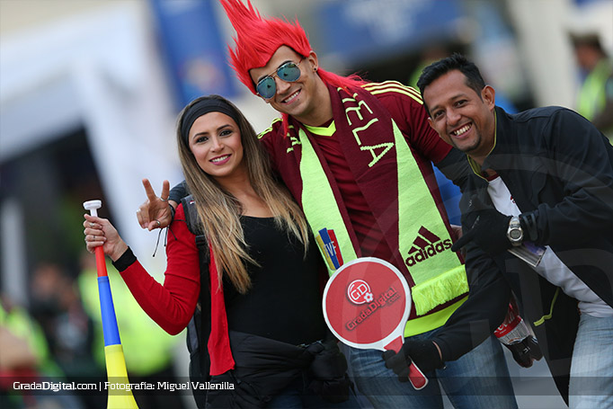 aficion_venezuela_aficion_venezuela_peru_venezuela_18062015_2