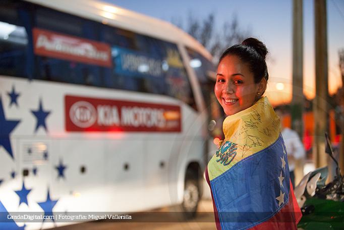 aficionada_venezuela_valparaiso_17062015