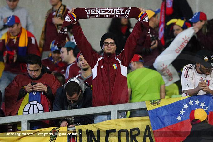 aficionado_aficion_venezuela_peru_venezuela_18062015