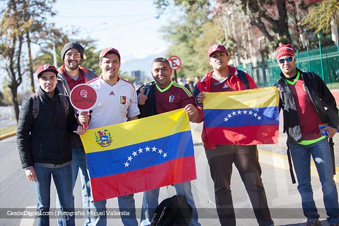 aficionados_venezuela_colombia_venezuela_14062015